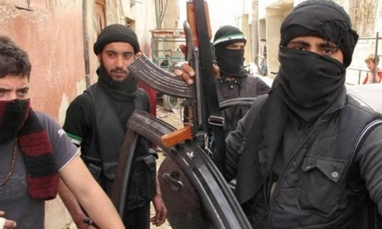 Μαλί: Τους 77 έφτασαν οι νεκροί από την επίθεση καμικάζι της αλ Κάιντα σε στρατόπεδο