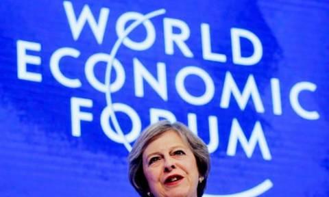 Επιχείρηση… καθησυχασμού ενόψει Brexit από την Τερέζα Μέι