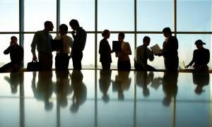 «Μαύρη» η εικόνα στην αγορά εργασίας: Κυριαρχούν οι ελαστικές μορφές απασχόλησης