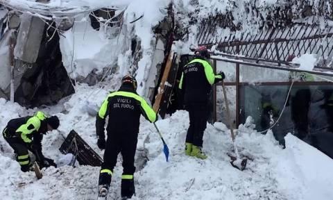 ANSA: под завалами отеля в Италии обнаружены шесть выживших