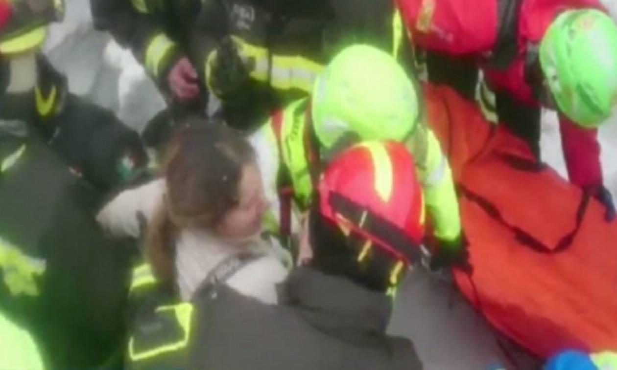 Βίντεο ντοκουμέντο: Ανασύρθηκαν ζωντανοί και οι έξι Ιταλοί από το ξενοδοχείο στην Ιταλία