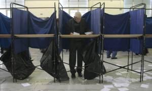 Δημοσκόπηση-«χαστούκι» στην κυβέρνηση - Σταθερό προβάδισμα της ΝΔ