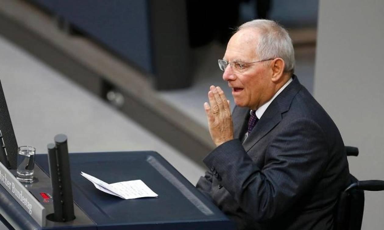 Γερμανικό ΥΠΟΙΚ: Καμία αντίφαση στις δηλώσεις Σόιμπλε