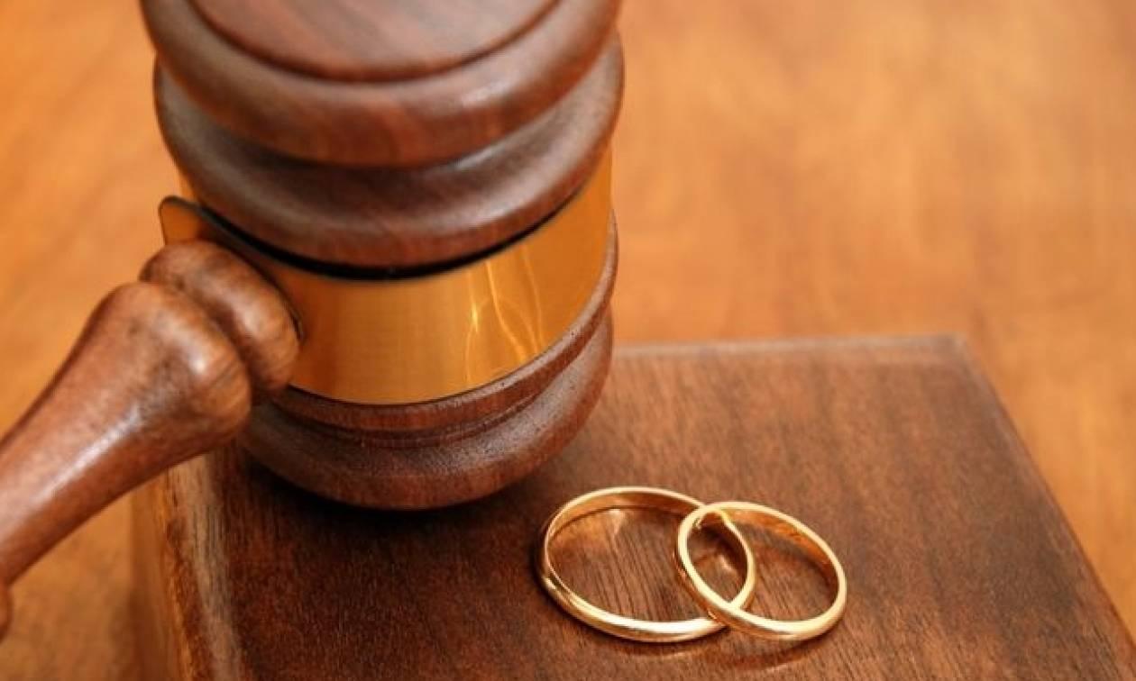 Δικηγορικοί Σύλλογοι: Όχι στα συναινετικά διαζύγια από τους συμβολαιογράφους