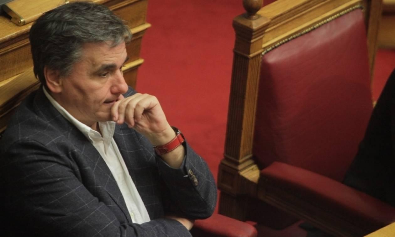 Τσακαλώτος: Με «κόφτη» δαπανών θα προσπαθήσει να κλείσει την αξιολόγηση - Νέο αίμα θέλει το ΔΝΤ