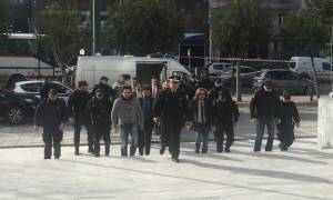 Ξαφνική «εμπλοκή» - Αναβλήθηκε η απόφαση για τους 8 Τούρκους στρατιωτικούς (vid)