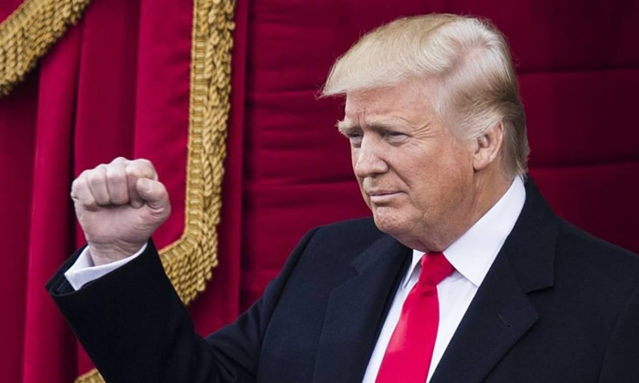 Οι 24 λέξεις που δεν είχαν ακουστεί σε καμία ορκωμοσία προέδρου των ΗΠΑ και τις είπε ο Τραμπ