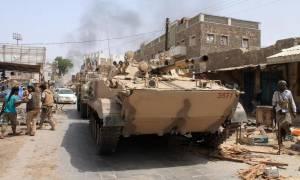Υεμένη: Ο κυβερνητικός στρατός κατέλαβε τη στρατηγικής σημασίας πόλη αλ Μόκα στην Ερυθρά Θάλασσα