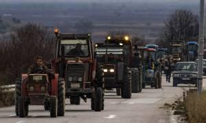 Μπλόκα αγροτών 2017: Άρχισαν οι κινητοποιήσεις - Δίωροι αποκλεισμοί Εθνικών Οδών