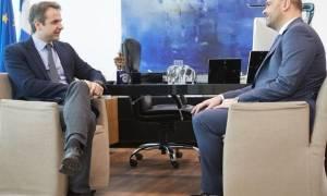 Στη ΝΔ προσχώρησε ο ανεξάρτητος βουλευτής Ιάσων Φωτήλας