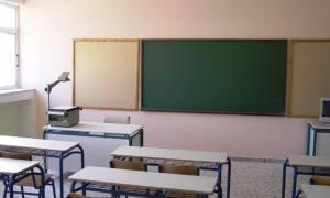 Τραγωδία στη Θεσσαλονίκη: Δάσκαλος «έσβησε» την ώρα του μαθήματος