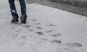 Καιρός ΕΜΥ: Βροχές, χιόνια και τσουχτερό κρύο την Τετάρτη