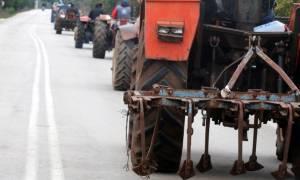 Μπλόκα αγροτών: Απέκλεισαν την Εθνική Οδό Σερρών - Θεσσαλονίκης