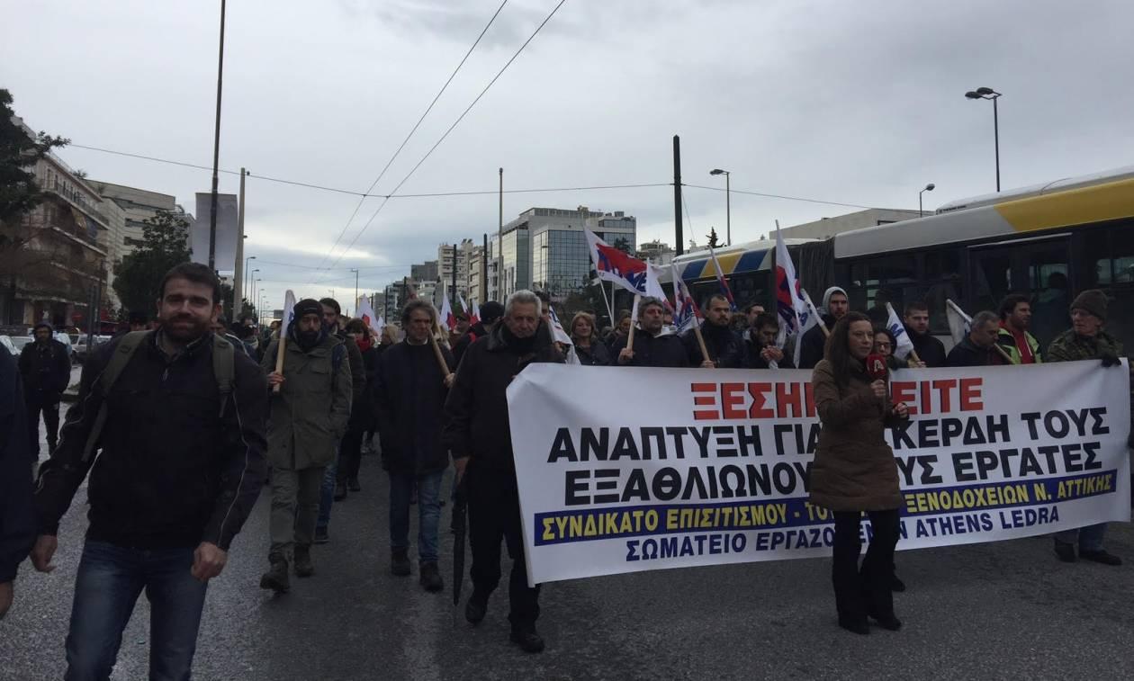 «Ναυάγιο» στη συνάντηση εργαζομένων του Athens Ledra με την Αχτσιόγλου