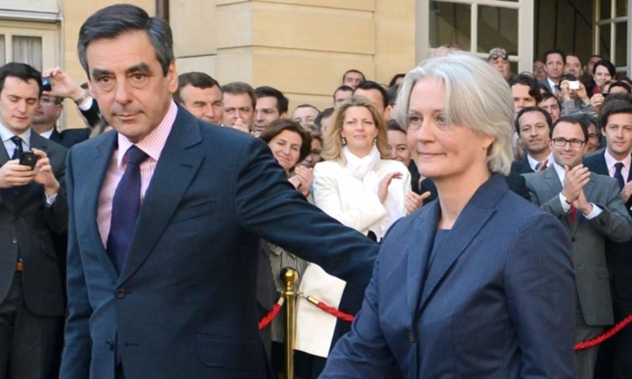Γαλλία: Εισαγγελική έρευνα για τη σύζυγο του Φρανσουά Φιγιόν