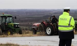 Μπλόκα αγροτών: Άνοιξαν οι εθνικές οδοί Πατρών - Κορίνθου και Λάρισας - Κοζάνης
