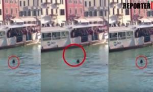 Σάλος στη Βενετία: Μετανάστης πνίγηκε γιατί κανείς δεν βούτηξε να τον βοηθήσει (ΣΚΛΗΡΕΣ ΕΙΚΟΝΕΣ)