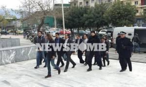 Τουρκία: Ένταλμα σύλληψης σε βάρος των στρατιωτικών και «πυρά» κατά της Ελλάδας