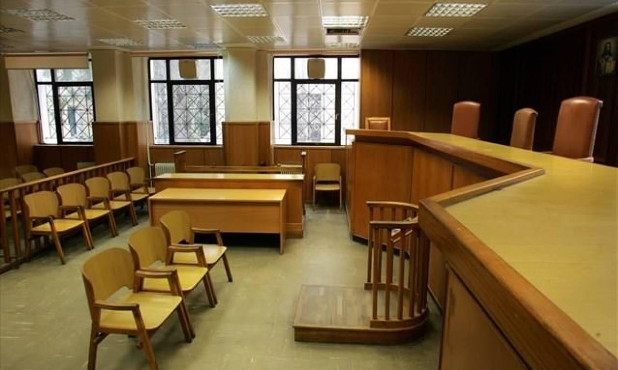 Μυτιλήνη: Δύο χρόνια φυλάκιση στον ιδιοκτήτη κυλικείου για παρενόχληση ανήλικων μαθητριών