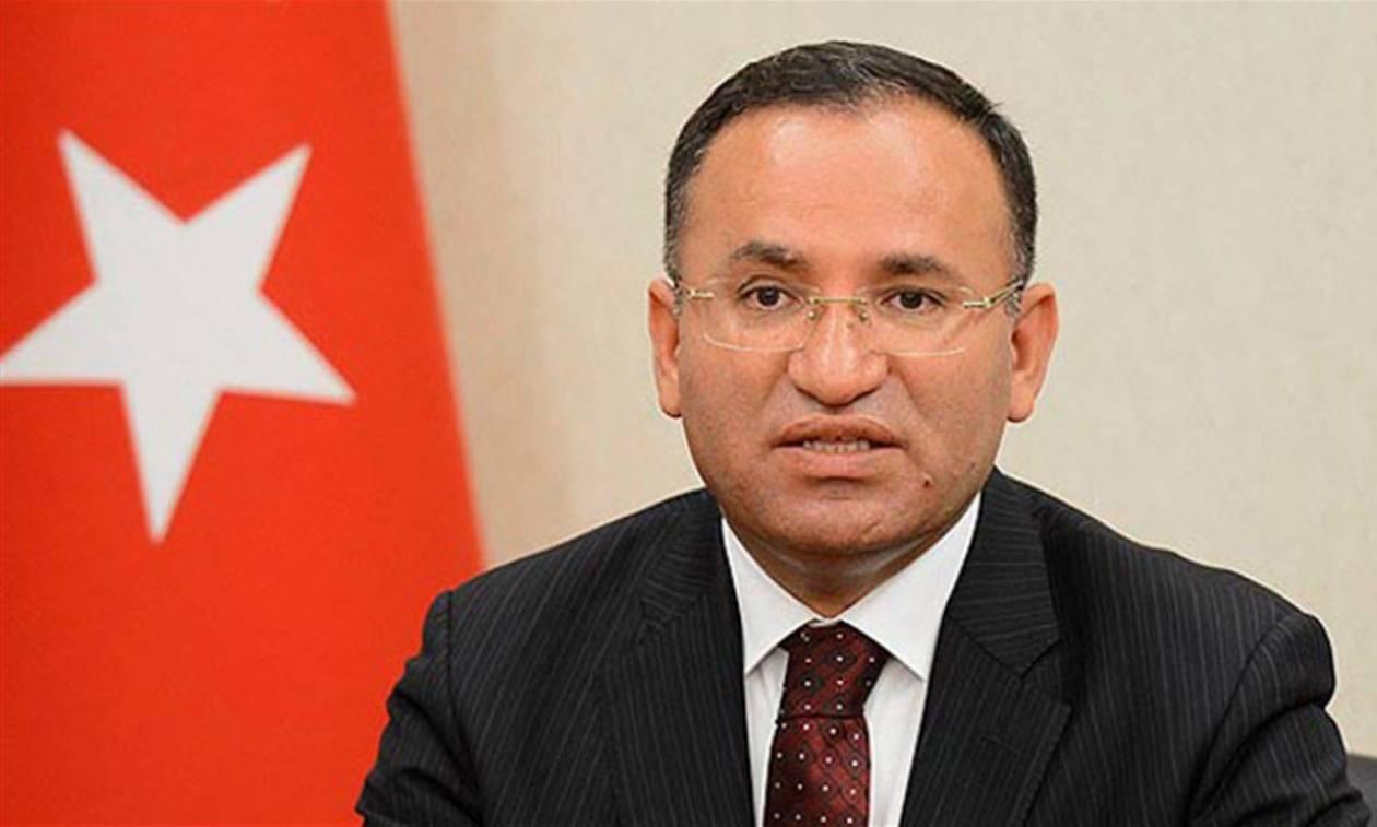 Νέο απειλητικό μήνυμα από Τουρκία: Επιστρέψετε τους πραξικοπηματίες στην Τουρκία!