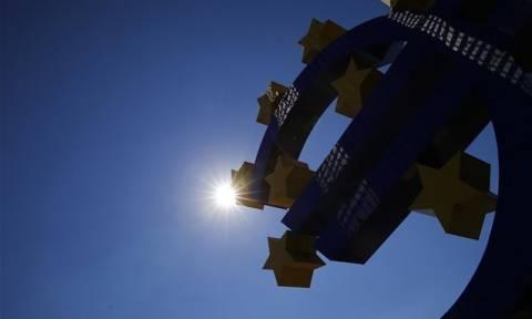 Ευρωζώνη: Περισσότερες τραπεζικές χορηγήσεις δανείων σε επιχειρήσεις και νοικοκυριά