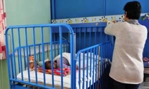 Πάτρα: Στο Χαμόγελο του Παιδιού τα τρία κοριτσάκια που εγκατέλειψε η μητέρα τους
