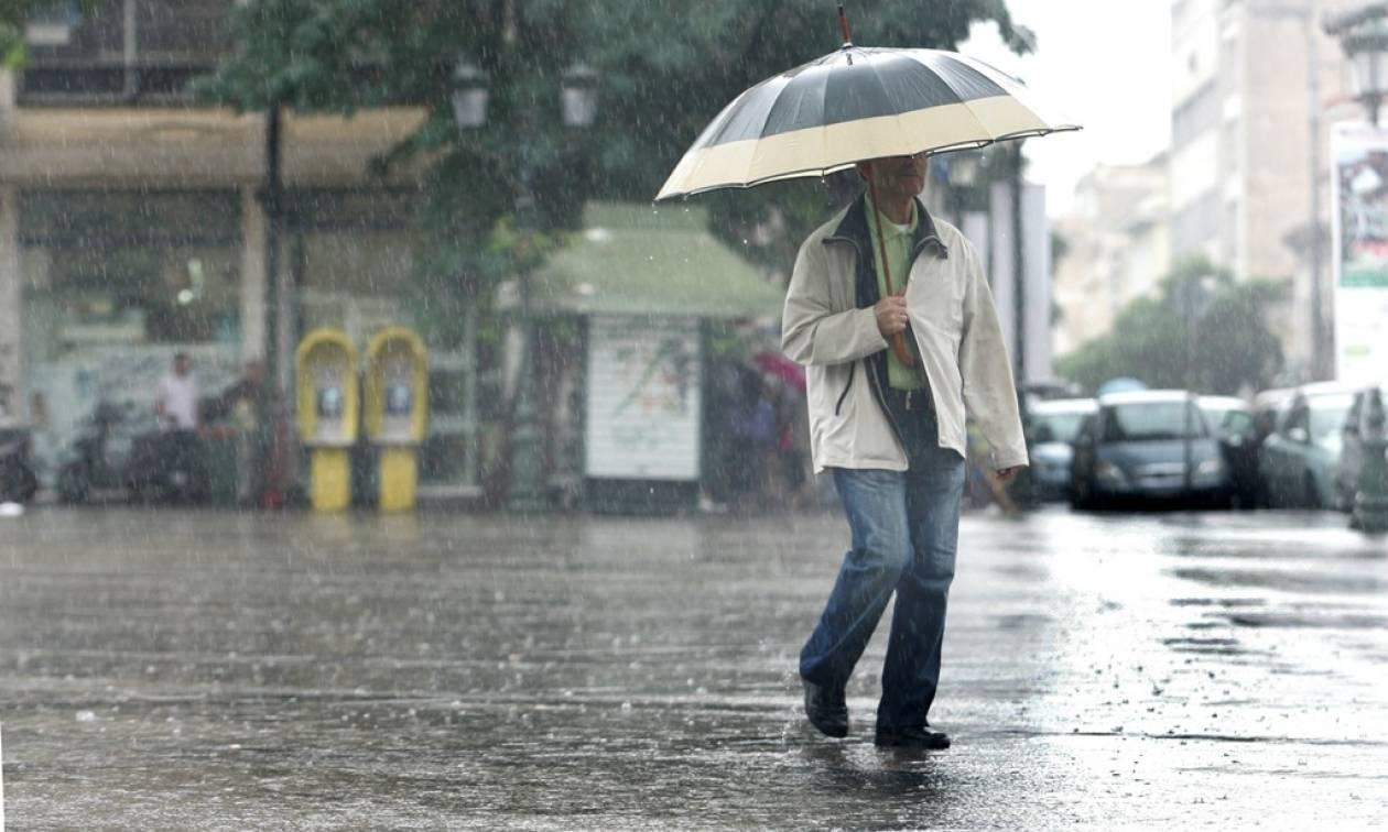 Καιρός ΕΜΥ: Βροχές και καταιγίδες τη Δευτέρα (30/1) - Αναλυτική πρόγνωση