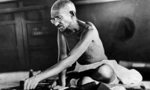 Σαν σήμερα το 1948 δολοφονείται ο Μαχάτμα Γκάντι