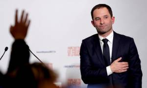Προεδρικές εκλογές Γαλλία: Στον Μπενουά Αμόν το χρίσμα των Σοσιαλιστών