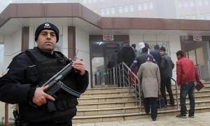 Τουρκία: Άρχισε η μεγαλύτερη μέχρι σήμερα δίκη πραξικοπηματιών στη Σμύρνη