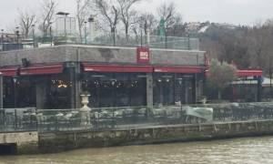Ένοπλη επίθεση σε εστιατόριο στην Κωνσταντινούπολη (Pics)