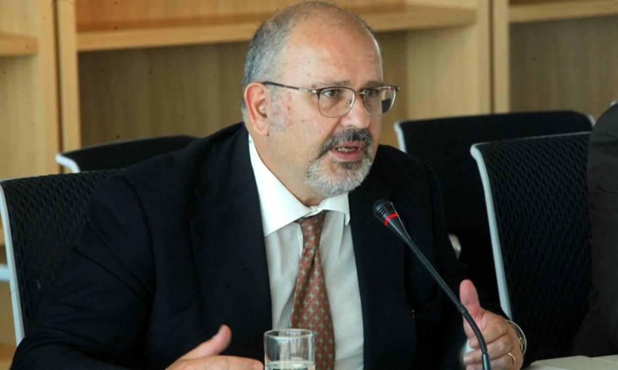 Ξυδάκης: Πολιτική συναίνεση για να μην δεσμευτεί η Ελλάδα με νέα μέτρα