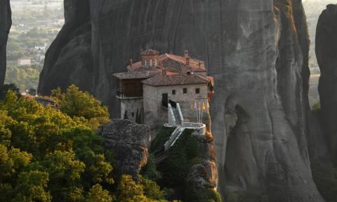 Εικόνες και video από την απόκοσμη ομορφιά των Μετεώρων