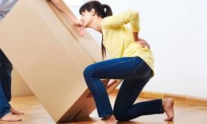 Πόνος στη μέση: Δύο ασφαλείς ασκήσεις για άμεση ανακούφιση