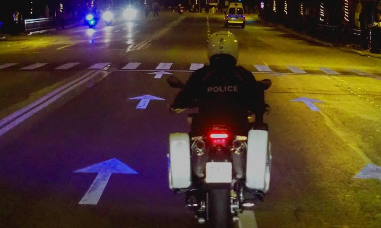 Βάρκιζα: Aυτοσχέδιες κόντρες κατέληξαν σε σοβαρά επεισόδια με μολότοφ κατά αστυνομικών
