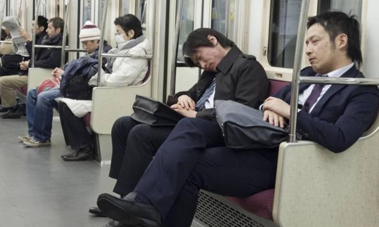 Ιαπωνία: Τουλάχιστον 200 θάνατοι κάθε χρόνο από... εξαντλητική δουλειά!