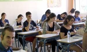 Πανελλήνιες 2017: Μείωση του αριθμού των εισακτέων ζητούν οι πρυτάνεις