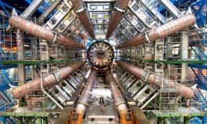 H ελληνική καρδιά χτυπά δυνατά στα άδυτα του CERN (photos)