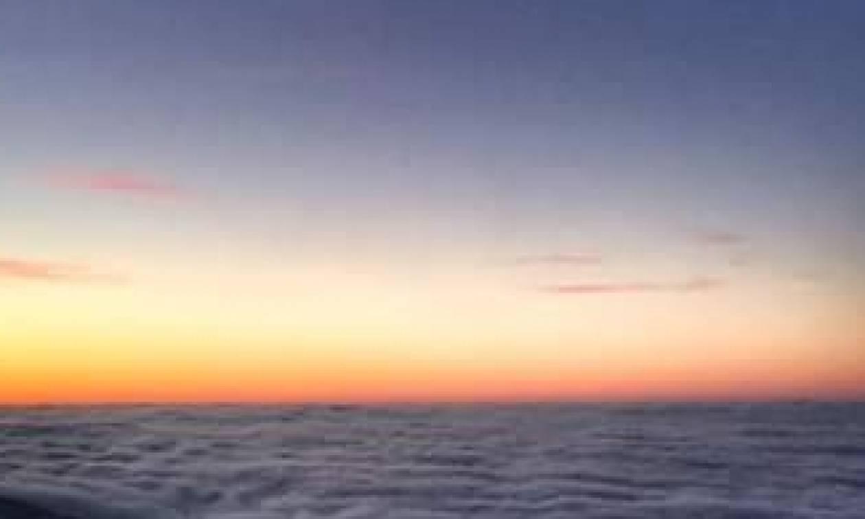 H φωτογραφία της ημέρας:  Απ' την κορυφή του Ολύμπου με... θέα τα σύννεφα (photo)