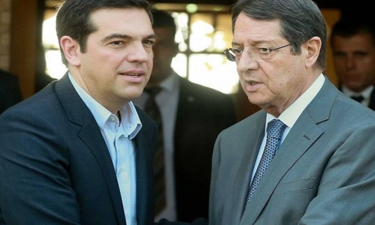 Лидеры Кипра готовятся кновому саммиту по соединению острова