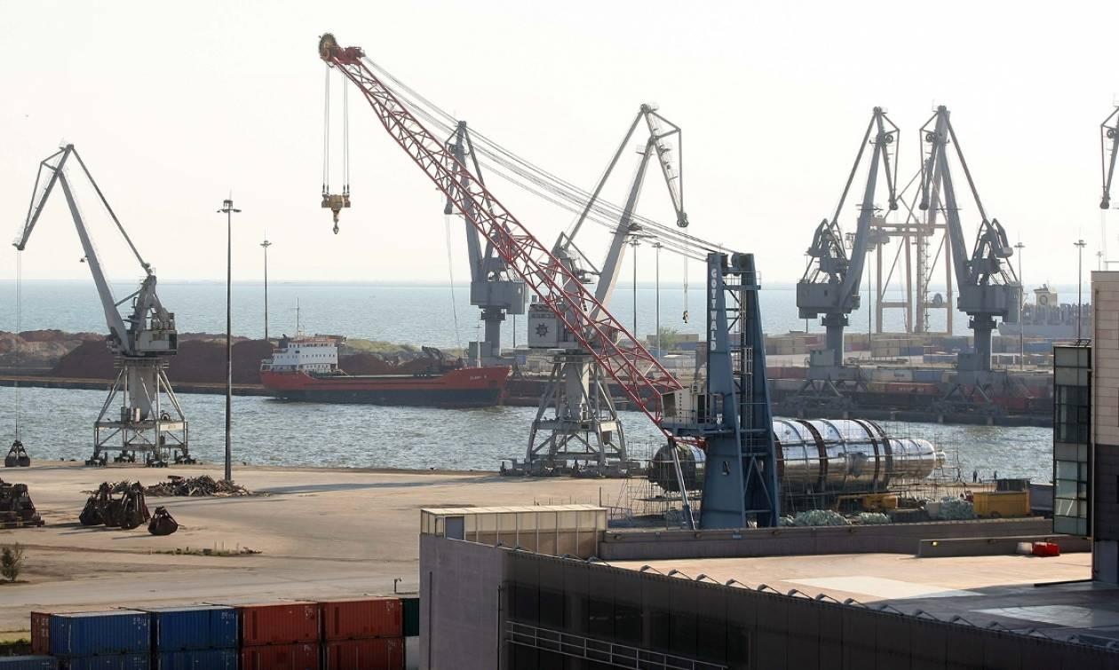 Μπλόκα αγροτών 2017: Εγκλωβισμένα προϊόντα στο λιμάνι της Θεσσαλονίκης