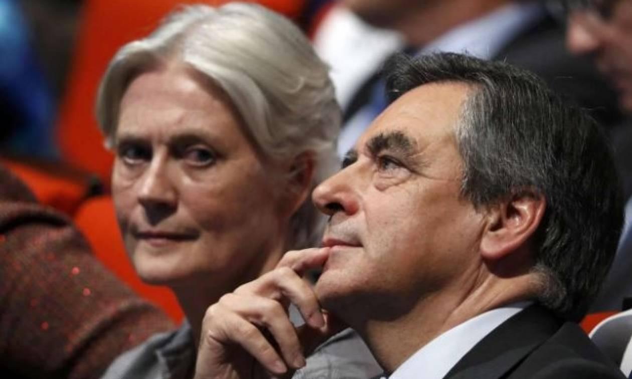 Γαλλία: Το Penelope Gate «καίει» τον Φιγιόν - Έντονες αποδοκιμασίες (vid)