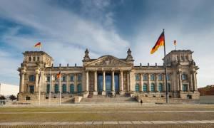 Γερμανική κυβέρνηση: Καμία αλλαγή στην πολιτική μας για την Ελλάδα - «Ουδέν σχόλιο» για Γκάμπριελ