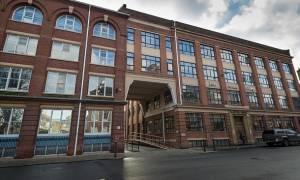 Θλίψη! 12χρονος πέθανε από πτώση στις σκάλες του σχολείου