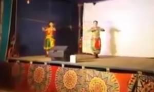 Σοκ! Χορευτής πέθανε στη σκηνή και οι θεατές πίστευαν ότι ήταν μέρος της παράστασης (video)