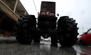 Μπλόκα αγροτών 2017: Στο Λευκό Πύργο τα τρακτέρ (pics&vids)