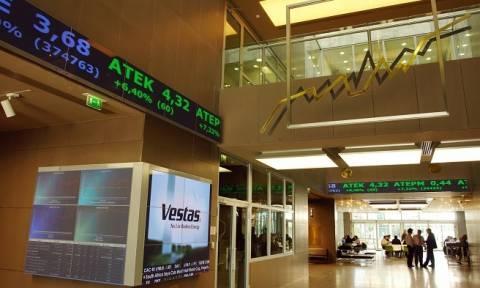 Σε καθοδική τροχιά για τέταρτη εβδομάδα το ΧΑ: Οι επενδυτές περιμένουν ΔΝΤ και EWG