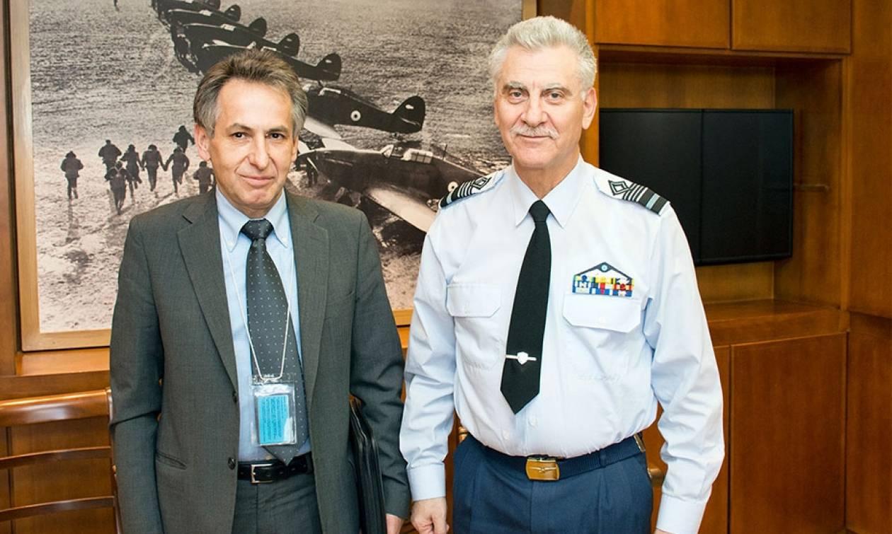 Πολεμική Αεροπορία: Συνάντηση Αρχηγού ΓΕΑ με τον Πρόεδρο της ΕΔΑΑΠ
