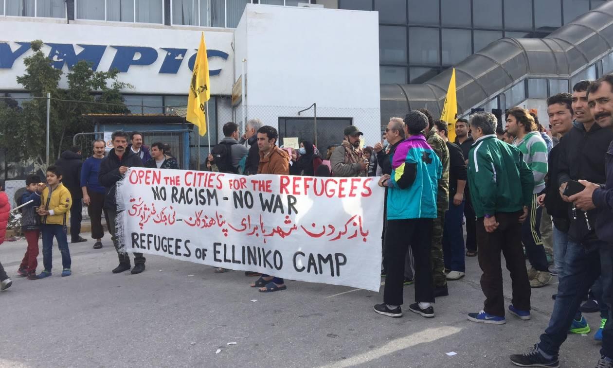 Ελληνικό: Απεργία πείνας ξεκίνησαν οι προσφυγές (pics+vid)