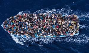Ιταλία: Ρυμουλκό με 440 μετανάστες κατευθύνεται στη Λαμπεντούζα